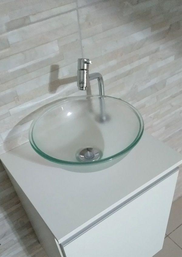 Gabinete p/ banheiro MDF Branco C/ porta +CUBA+TORNEIRA+VÁVULA+SIFÃO  - Virtude Móveis