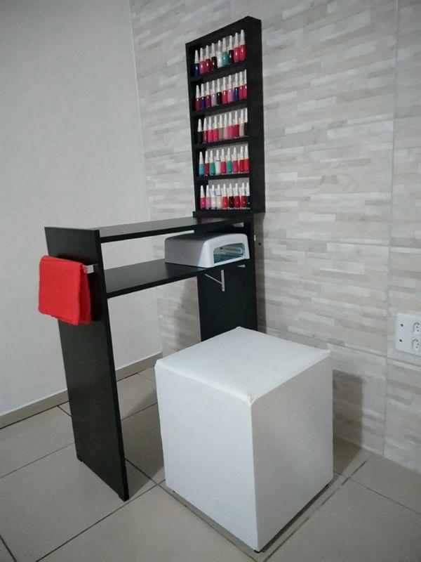 KIT Manicure Mesa 60cm c/ prateleira e alças+expositor de esmaltes MDF TODO PRETO  - Virtude Móveis