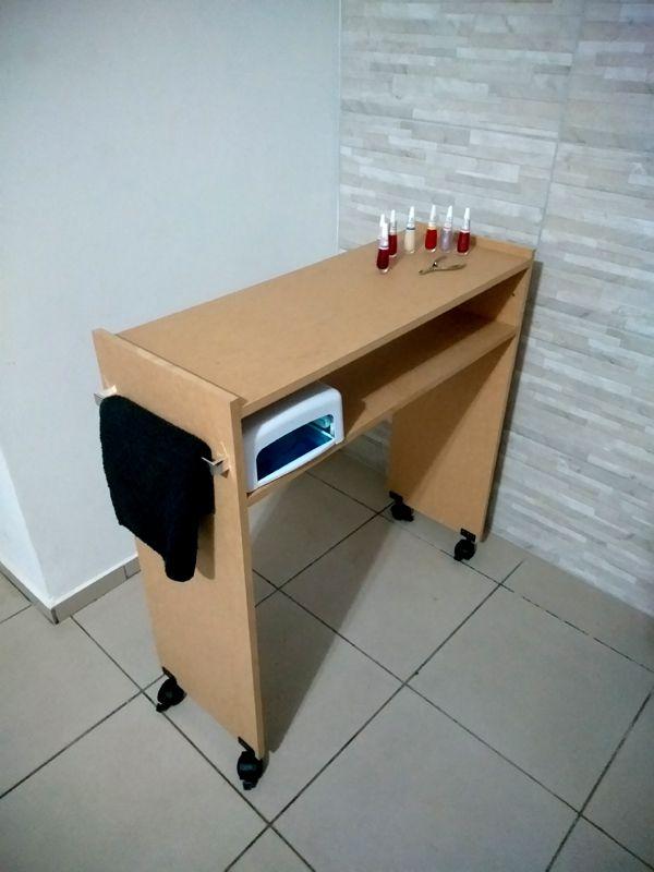Mesa P/ Manicure 80cm C/ rodinhas Mdf Cru  - Virtude Móveis