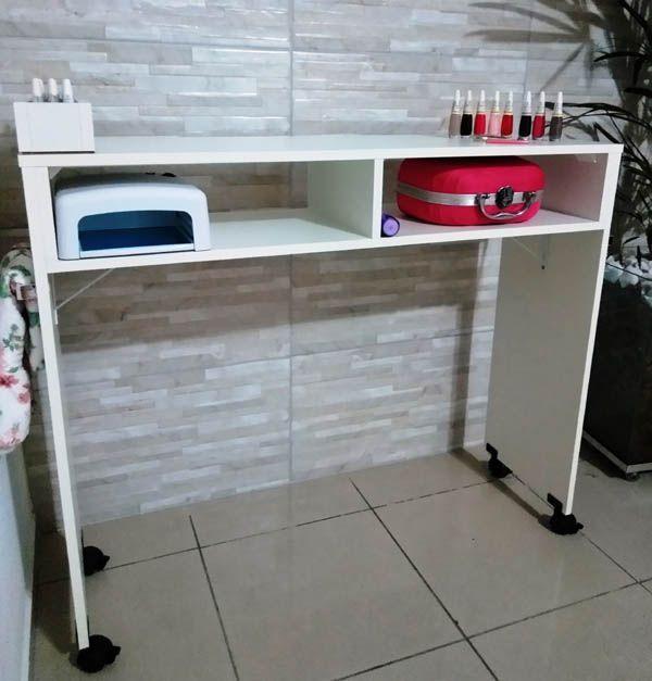 Mesa P/manicure C/1 Compartimento P/esmalte C/ Rodinha 100cm  - Virtude Móveis