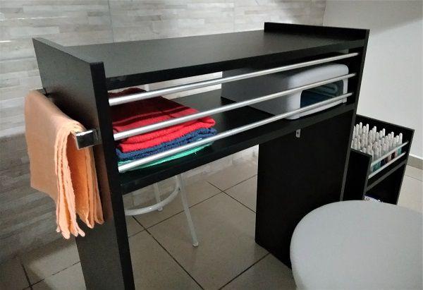 Mesa P/Manicure C/Alças cromadas p/ toalhas c/ 3 barras de aluminio MDF PRETO  - Virtude Móveis