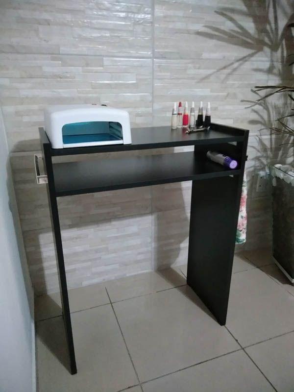 Mesa P/Manicure Mdf Preto 80cm c/ prateleira e alças cromadas  - Virtude Móveis