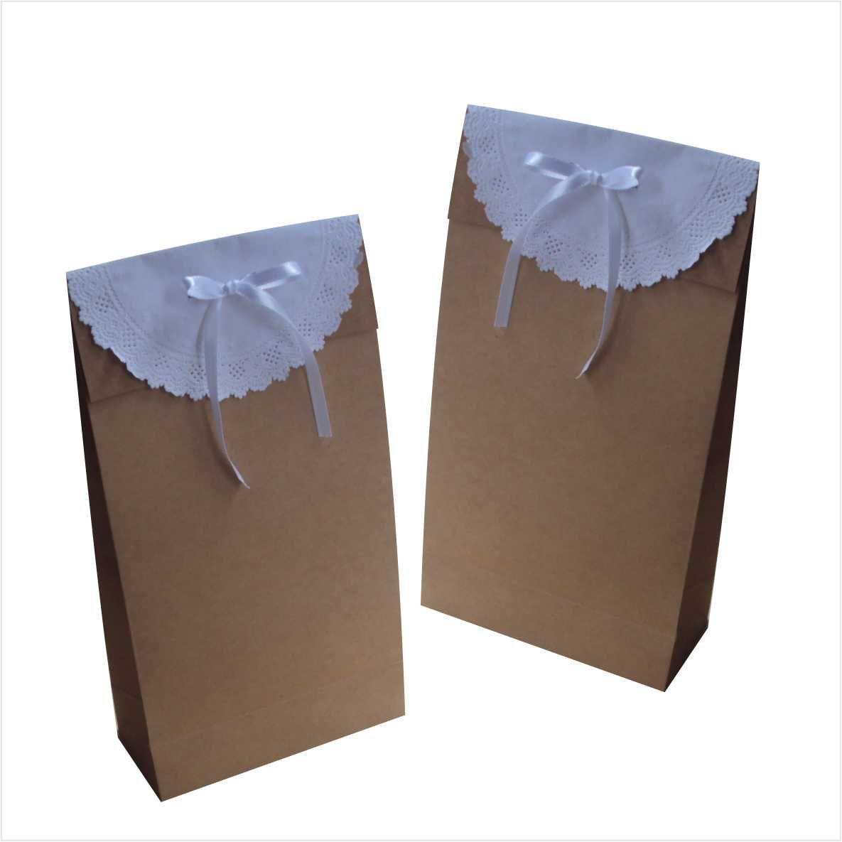 Saco kraft medio com papel rendado (15x27x7 cm) - cor parda - 10 unidades