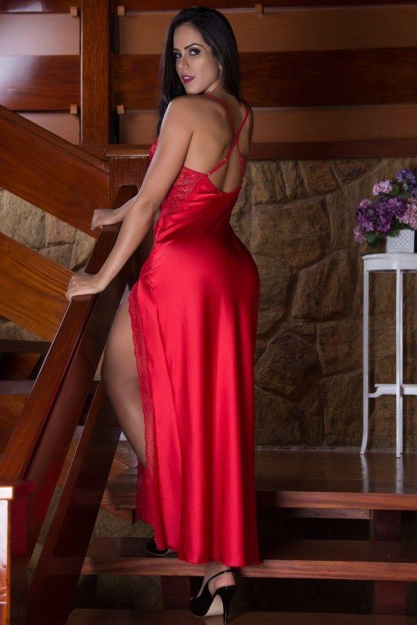 Camisola sensual longa vermelha com fenda lateral