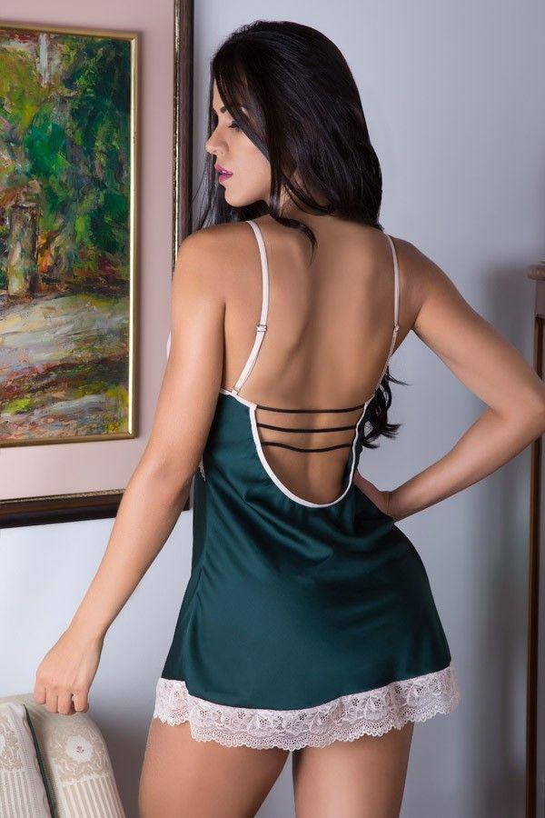 Camisola Strappy Bra verde e branca com fenda lateral