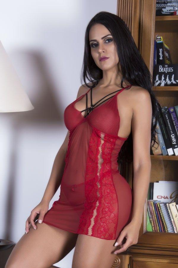 Camisola strappy vermelha em tule e renda sem bojo