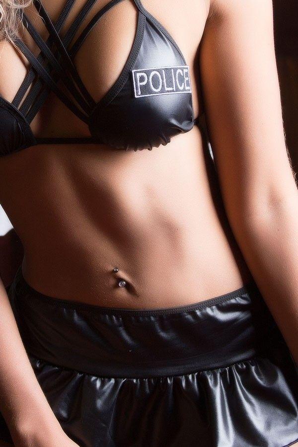 Fantasia erótica Policial Gata