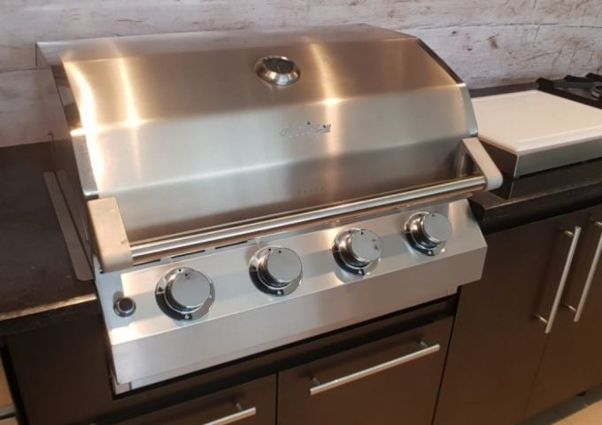 Churrasqueira a Gás AmazinGrill E4 em Inox 304  - Decorgrill - A certeza do melhor para seu espaço gourmet!