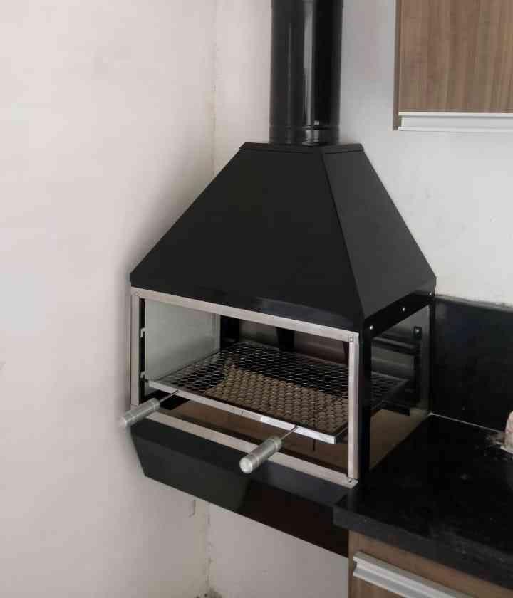 Churrasqueira de Parede Gourmet em Inox 430 Black Piano 750P  - Decorgrill - A certeza do melhor para o seu espaço gourmet!