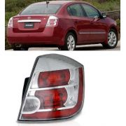 Lanterna Nissan Sentra  2011 2012 2013  Direito