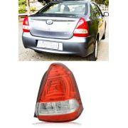 Lanterna Toyota Etios Sedan 12 13 14 15 16 17 18  Ld