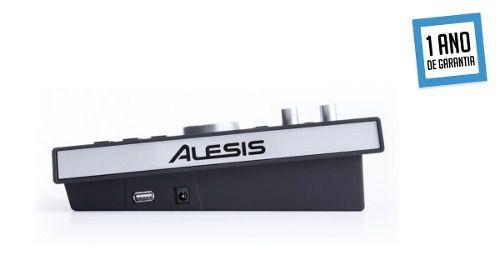 Bateria Eletrônica Alesis Command Mesh Kit - 8 peças e peles Mesh