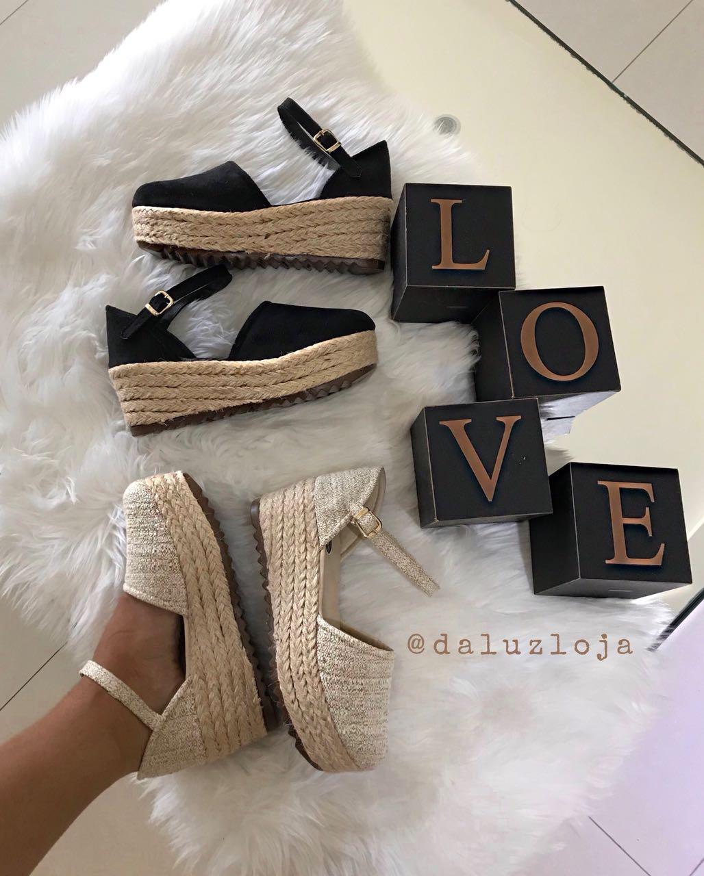 Sandália boneca