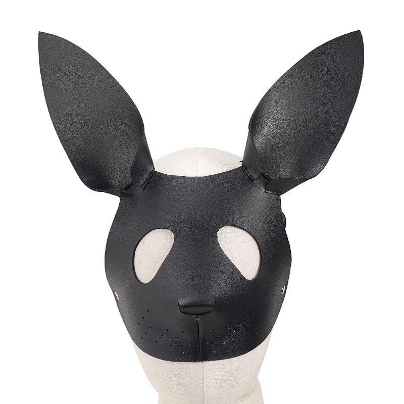 Sado Mascara de Coelho em Couro Sintético