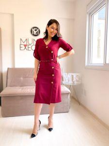 Vestido Midi com Botões Alfaiataria Vermelho Marsala