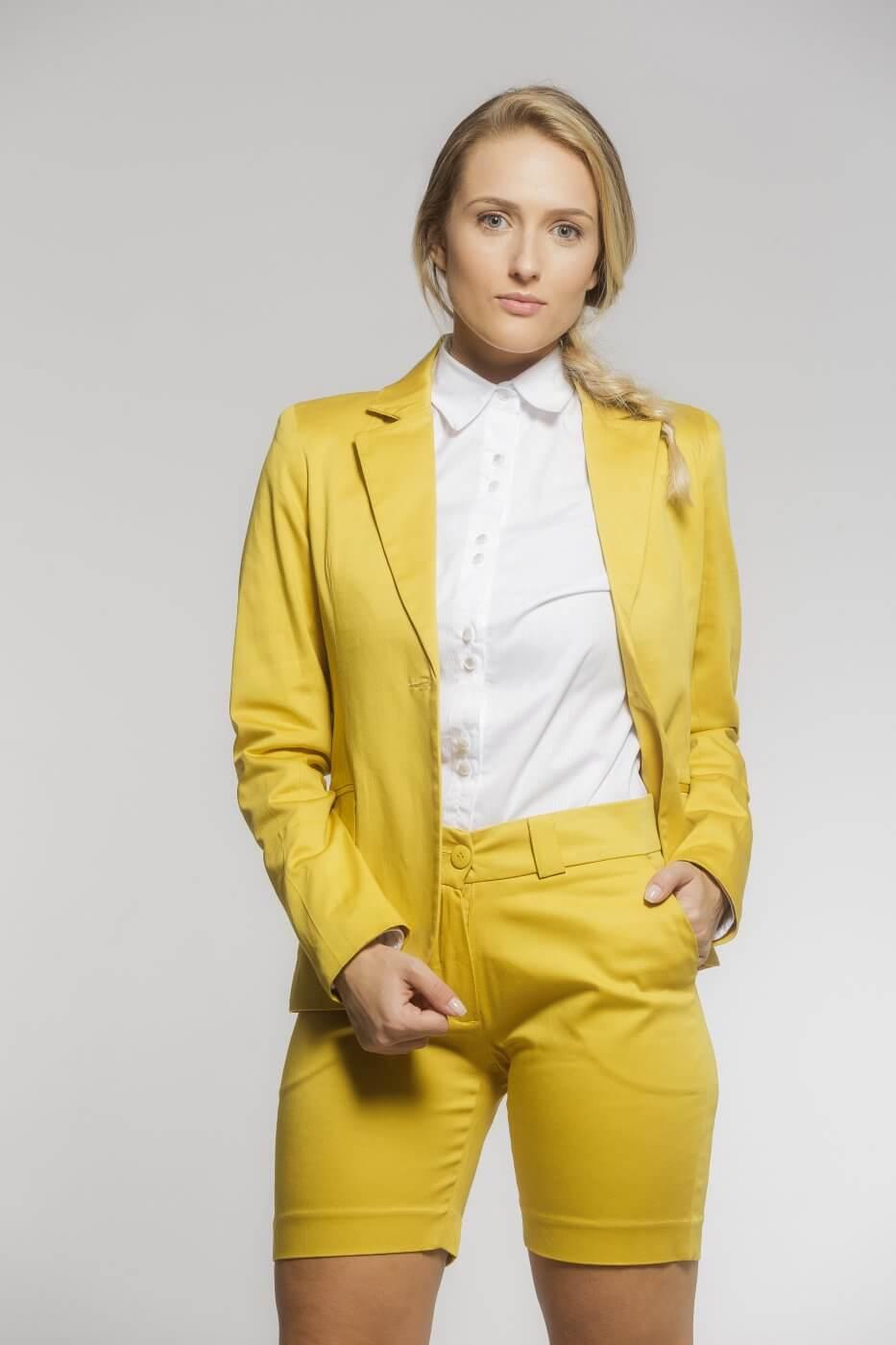 Bermuda Feminina Alfaiataria de Sarja com Elastano Amarelo