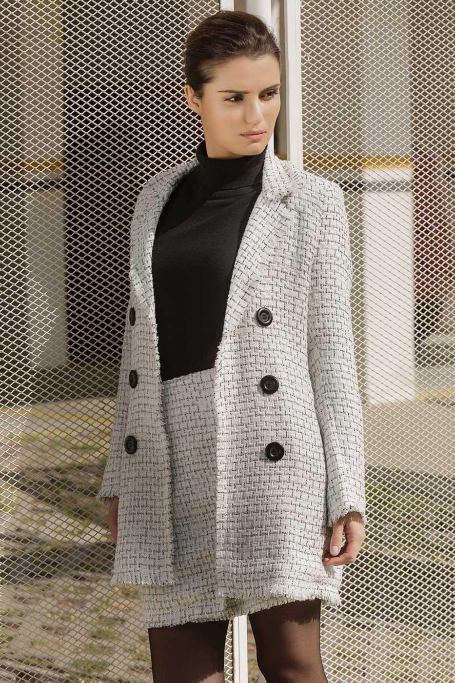 Blazer Alongado Tweed Branco e Preto