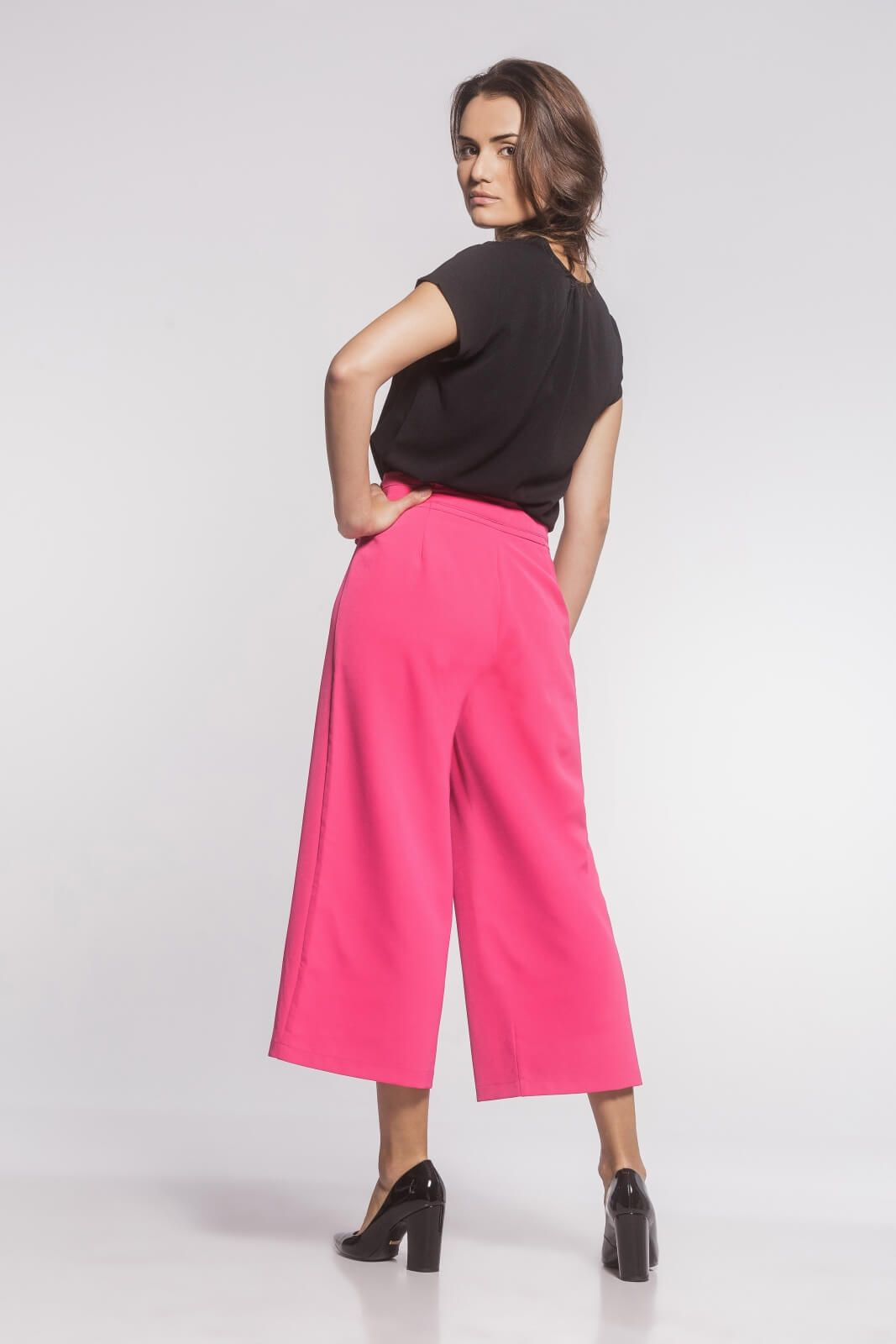 Calça Pantacourt Alfaiataria Feminina Rosa Pink