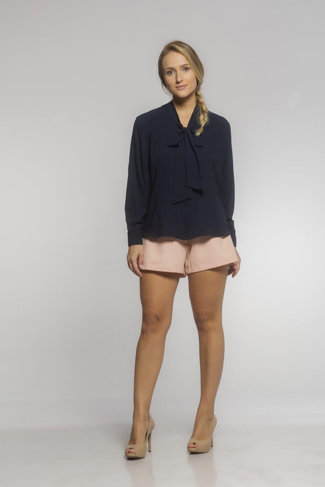 Camisa Feminina Gola Laço Crepe Azul Marinho