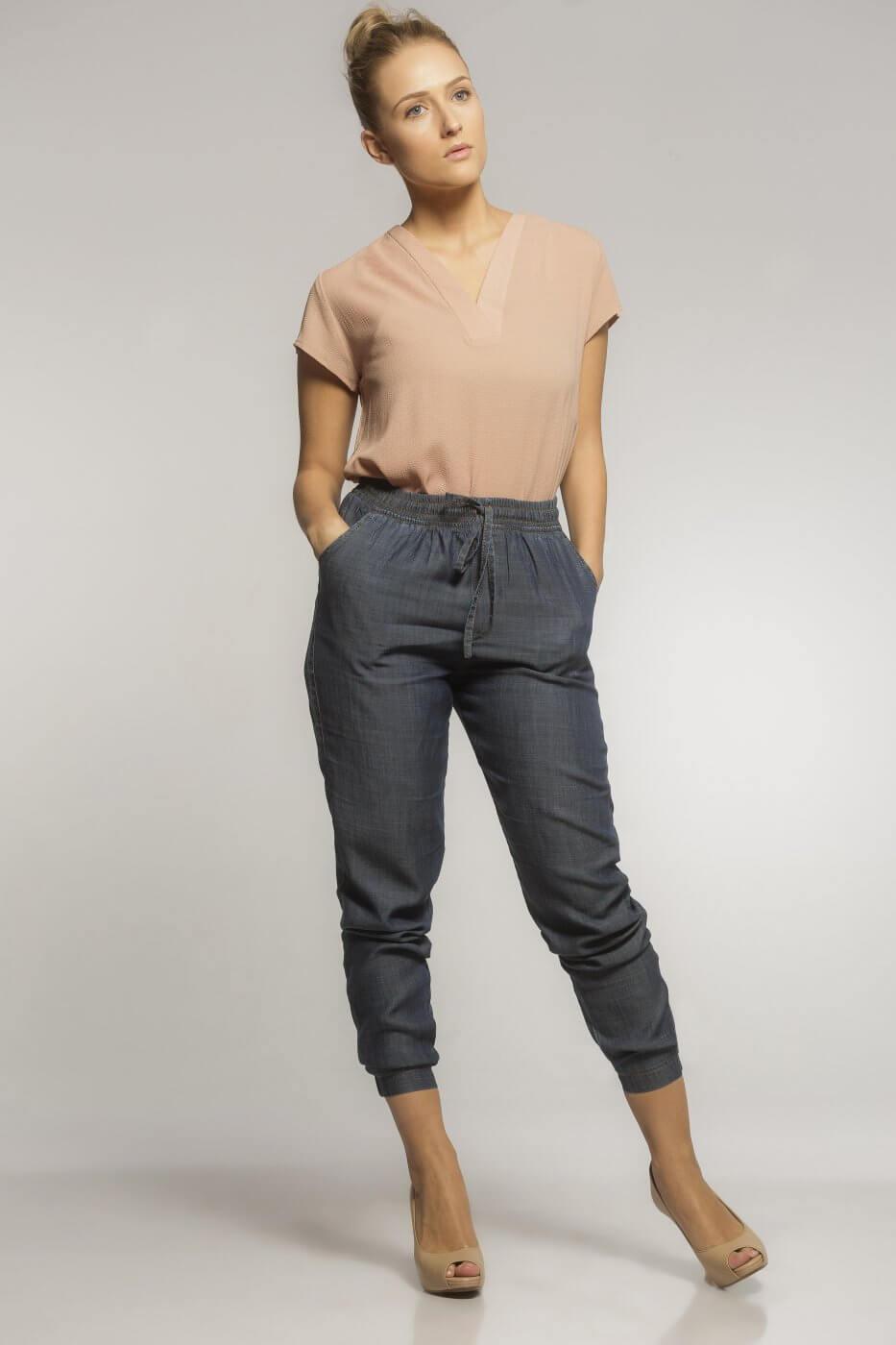 Blusa Social Feminina Decote Gola V Blooms Crepe Rosé