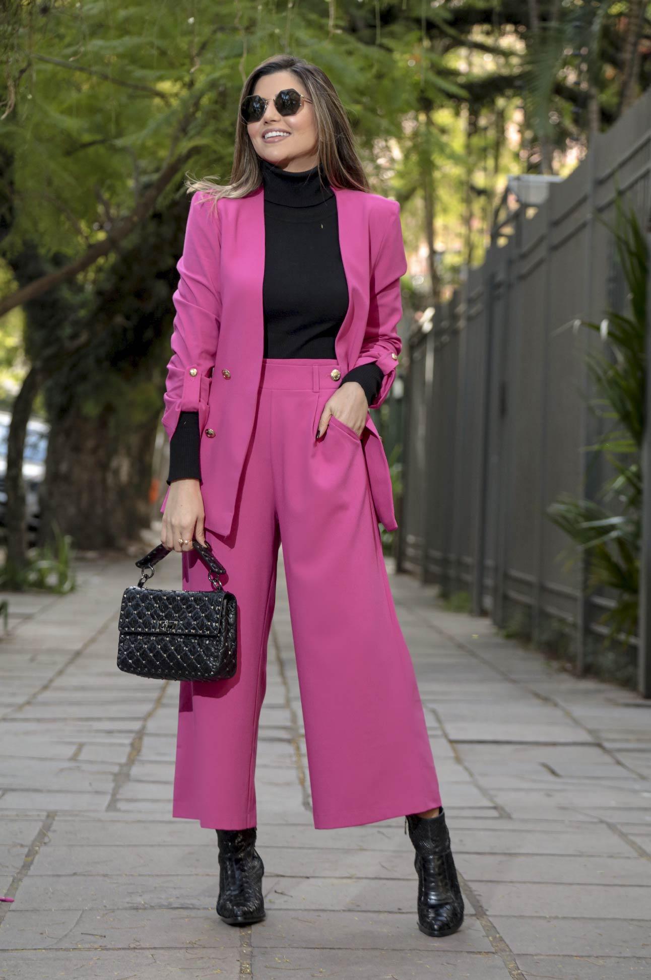 Conjunto em Alfaiataria Feminina  Rosa Pink