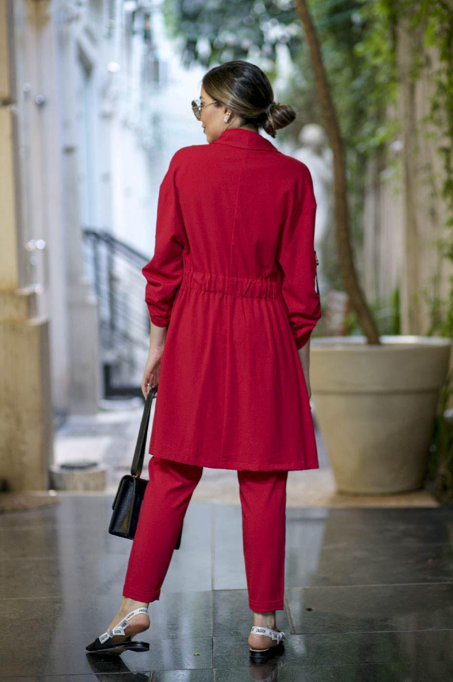 Trench Coat e Calça Jogger em Alfaiataria Feminina Vermelho
