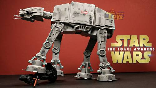 Walker AT-AT Controle Remoto Ucommand Star Wars - Toyng