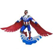 Captain America Sam Wilson Diamond Select - Marvel Gallery