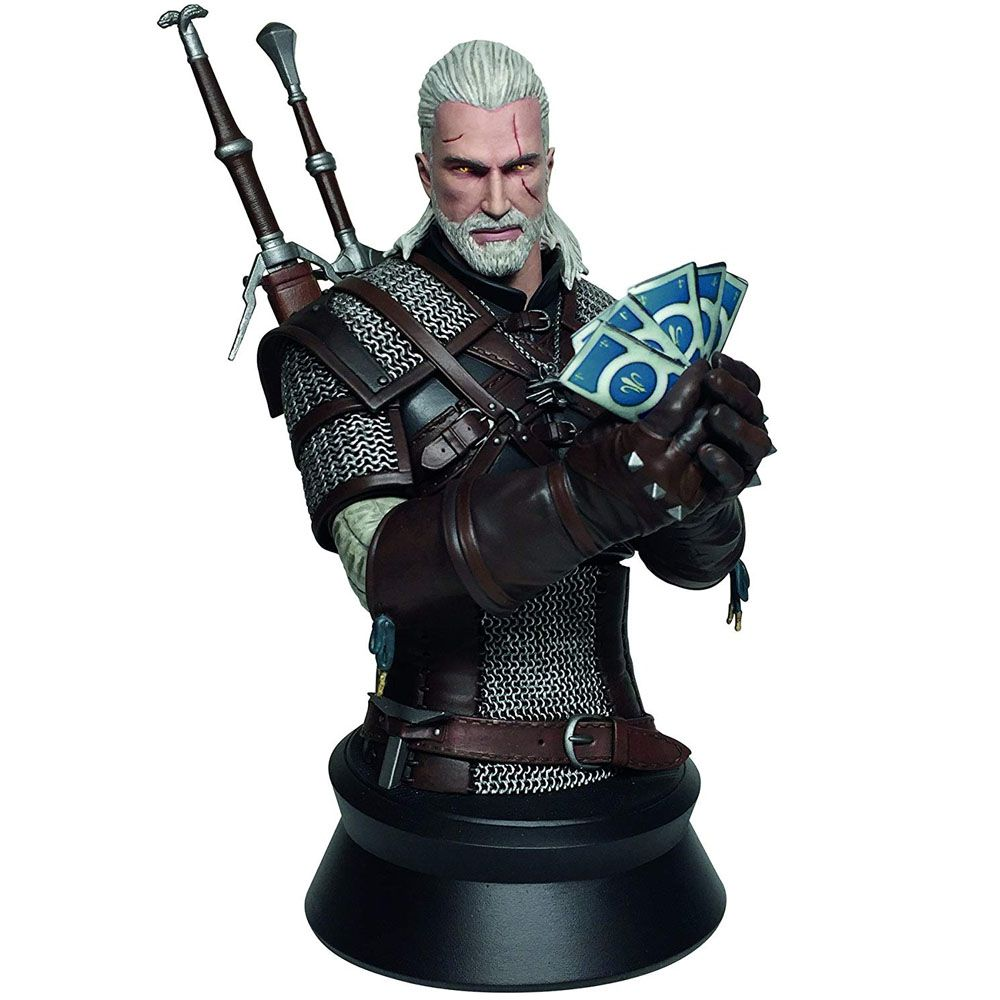 Geralt Playing Gwent Bust Dark Horse - The Witcher