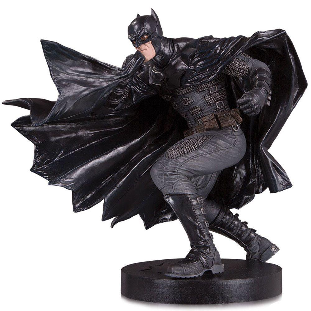 Batman Black Label - Estátua DC Collectibles