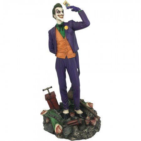 The Joker (839317) DC Gallery - Diamond Select