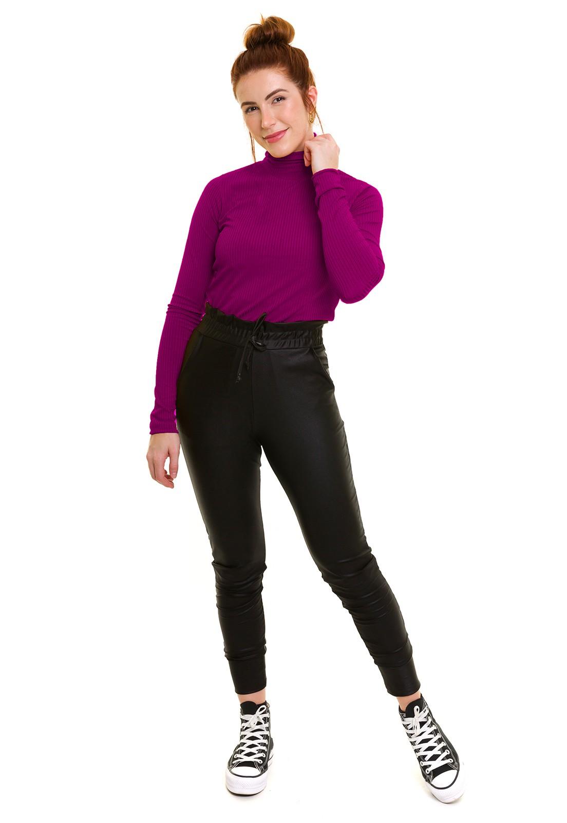 Blusa Gola Alta Canelada Púrpura