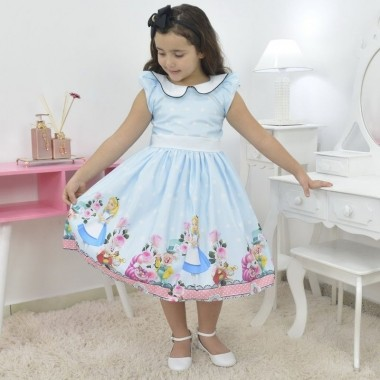 Vestido infantil tema Alice no País das Maravilhas
