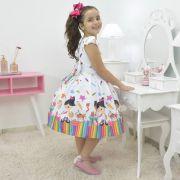Vestido infantil temático aquarela pintando o sete