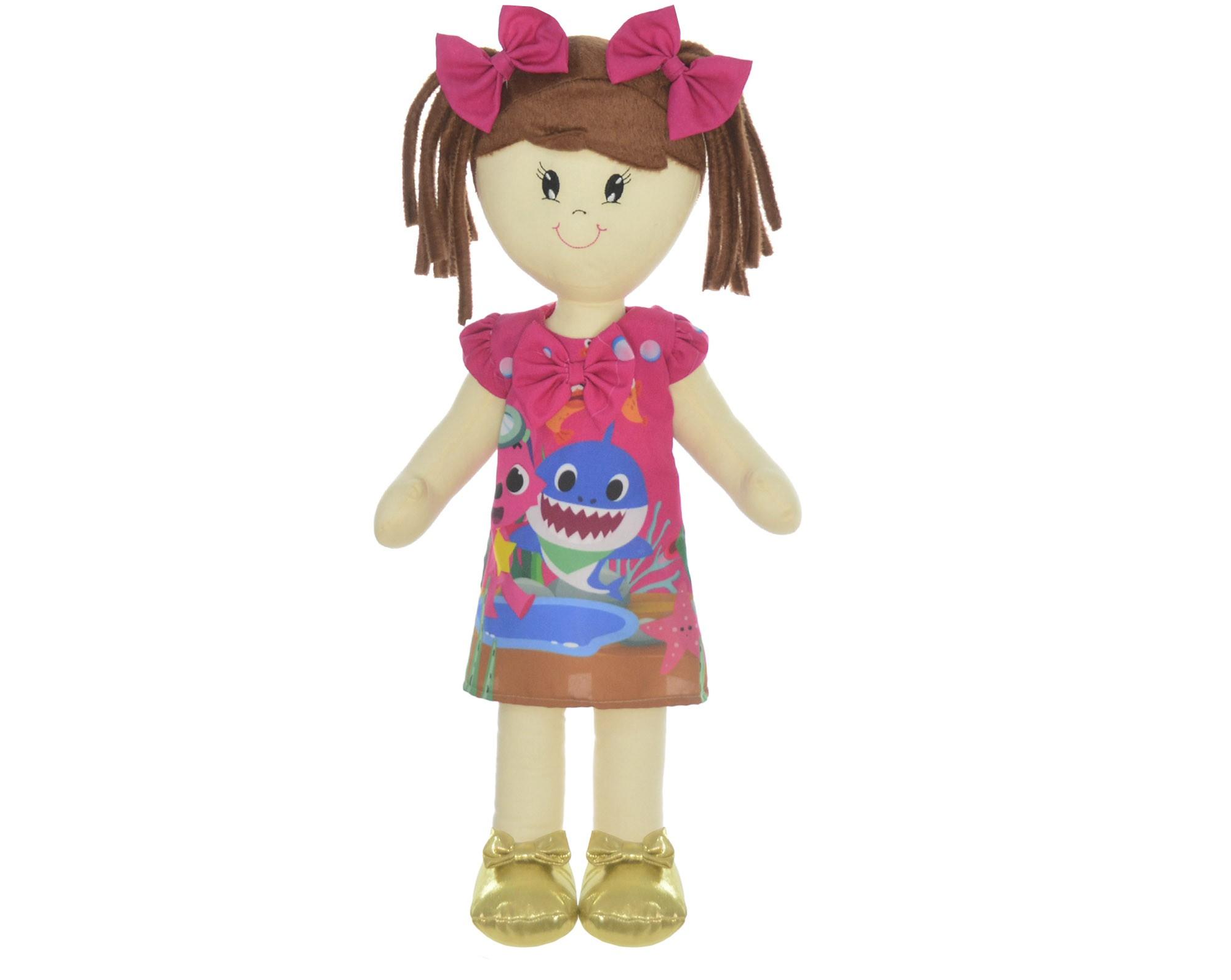 Boneca de Pano Mari com Roupa tema Baby Shark