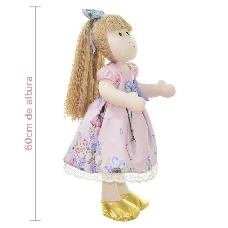Boneca de Pano Pri com vestido no tema Bailarina com balões no jardim
