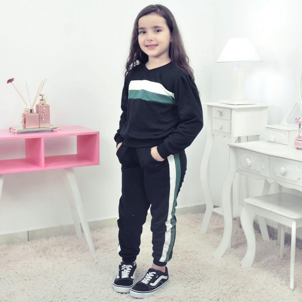 Conjunto Moletinho Infantil preto com detalhes no branco e verde