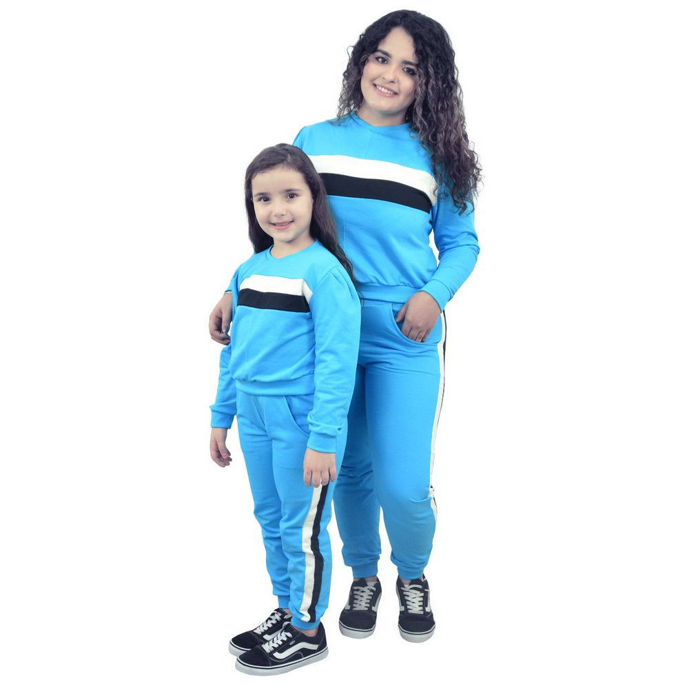 Conjunto Moletinho Mãe e Filha Azul com detalhes branco e preto