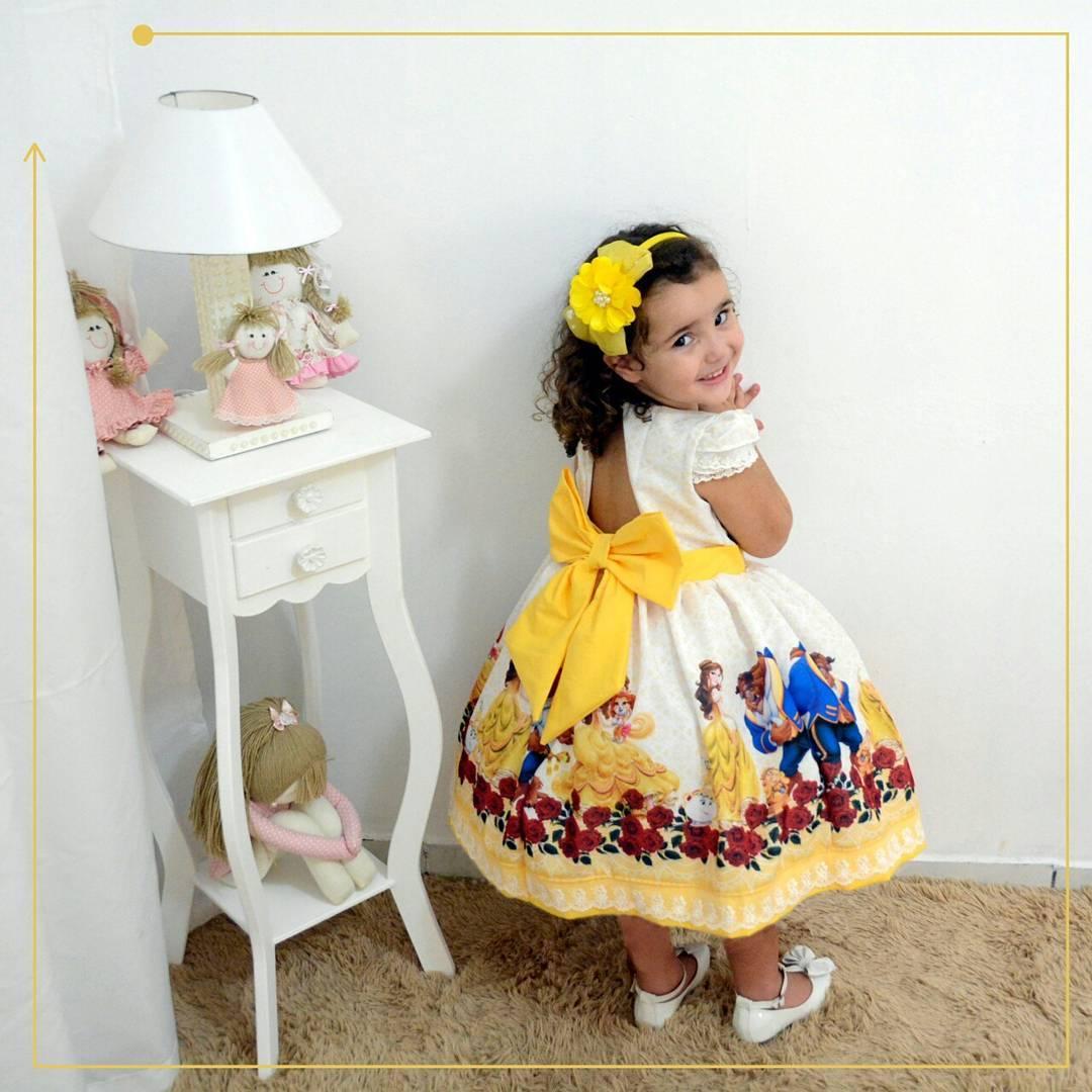 Vestido festa infantil da Bela e a Fera