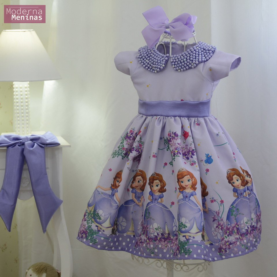 Vestido infantil da princesa Sofia com bordado em pérolas