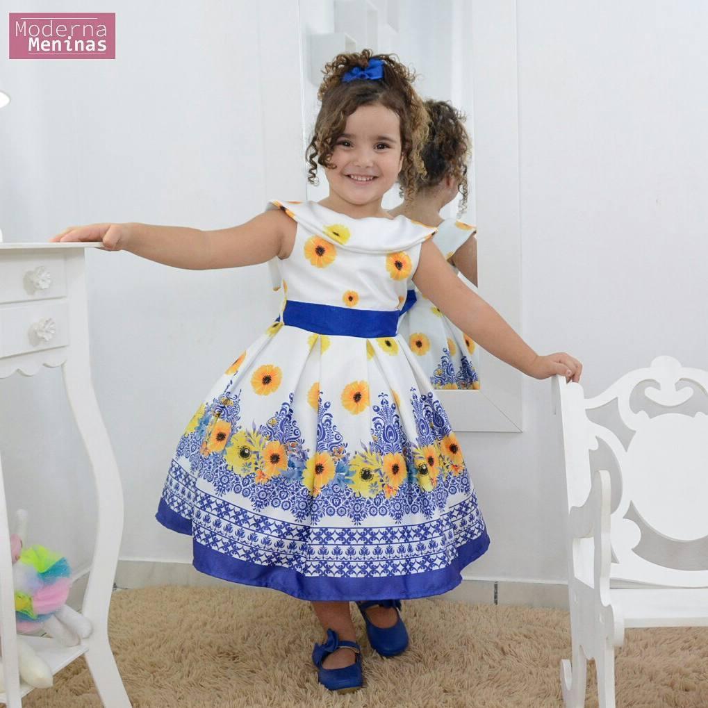 Vestido infantil floral rosas amarelas e azul e gola escafandro