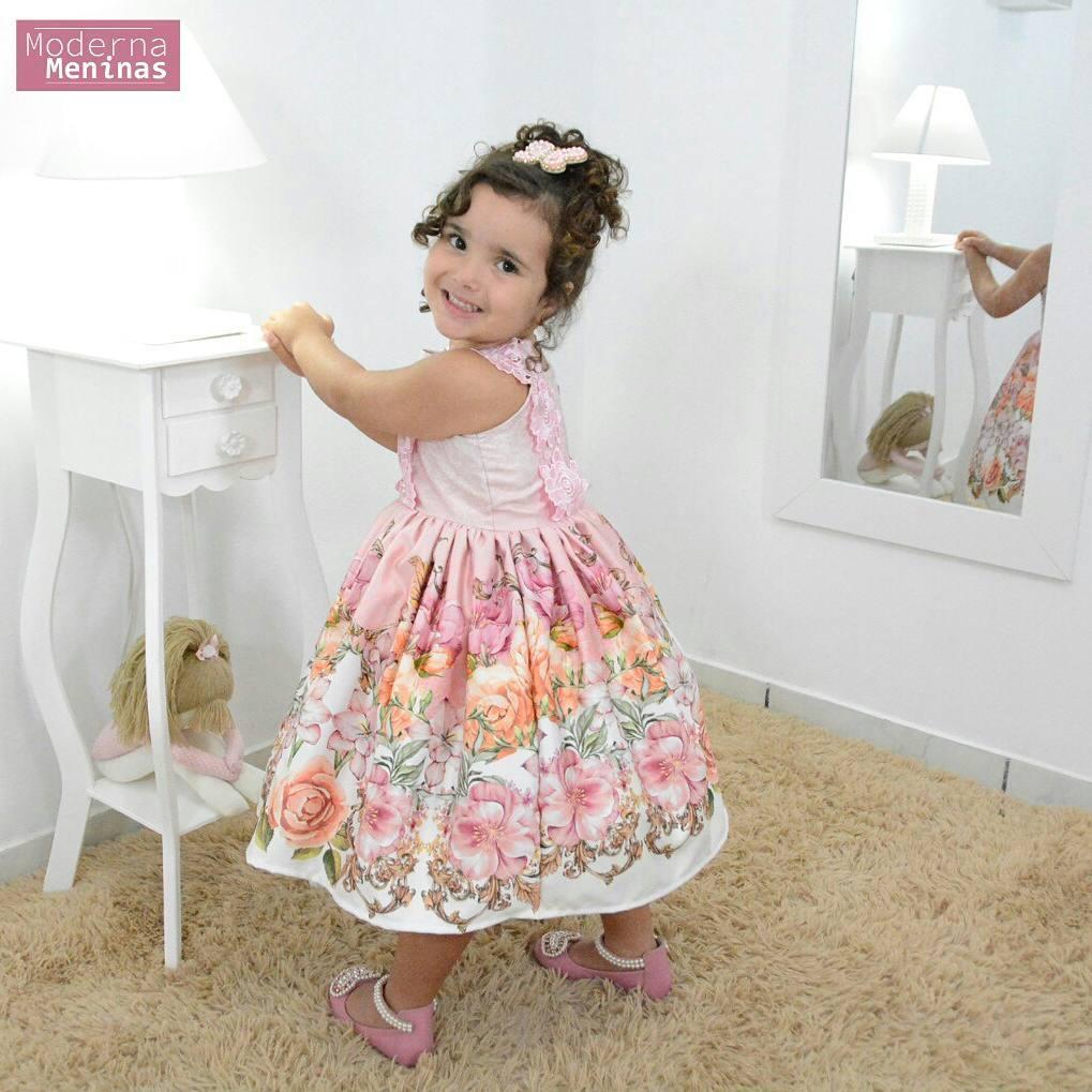 Vestido festa infantil floral rosa com rendas nas alças