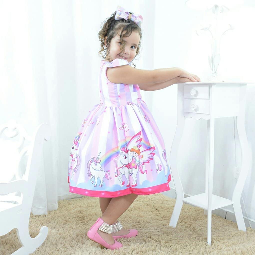 Vestido festa infantil princesa unicórnio e arco-íris