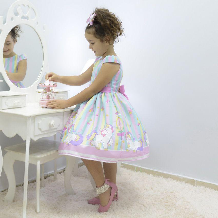 Vestido festa infantil tema unicórnio realeza