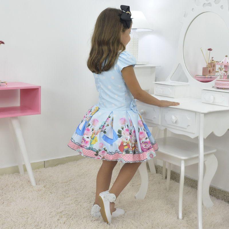 Vestido Infantil com tema da Alice no País das Maravilhas