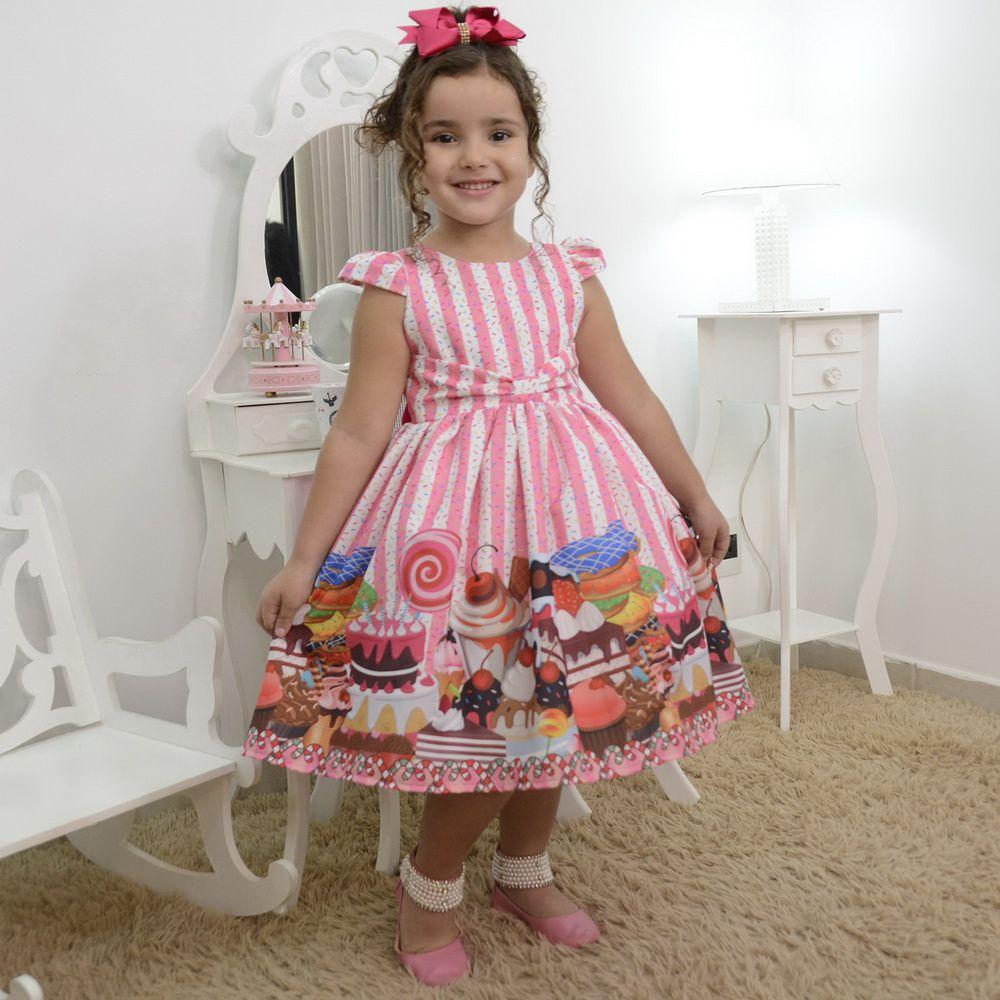Vestido infantil confeiteira com cupcake, bolos e doces
