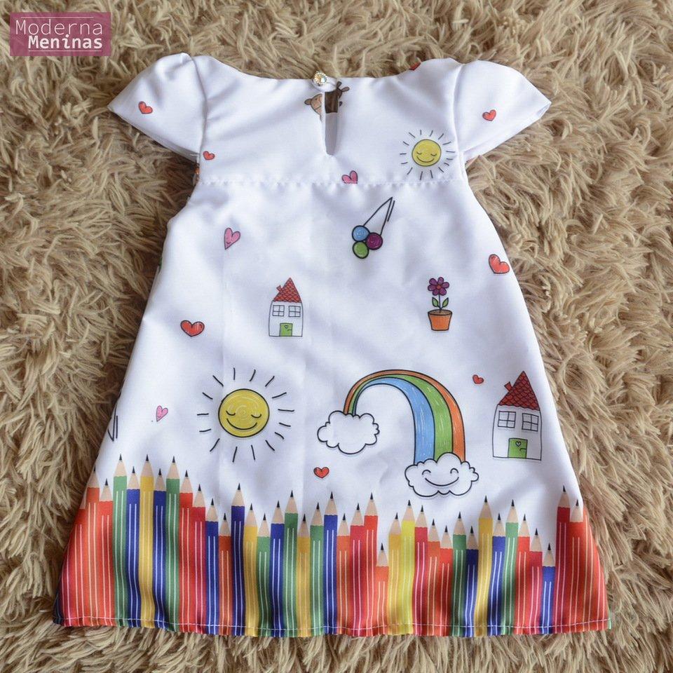 Vestido infantil de aquarela, lápis de cor – tubinho trapézio