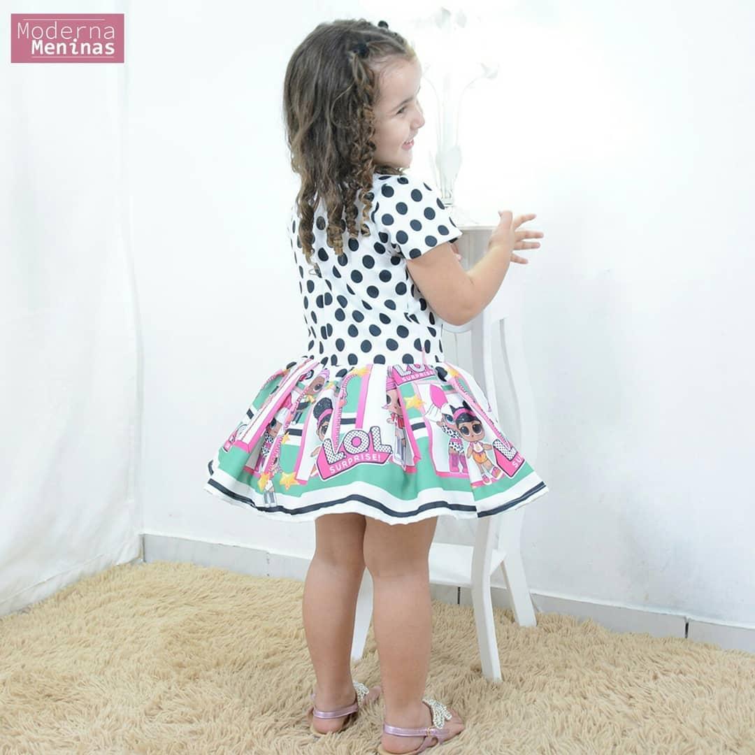 Vestido festa infantil tema das mínis bonecas Lol surprise