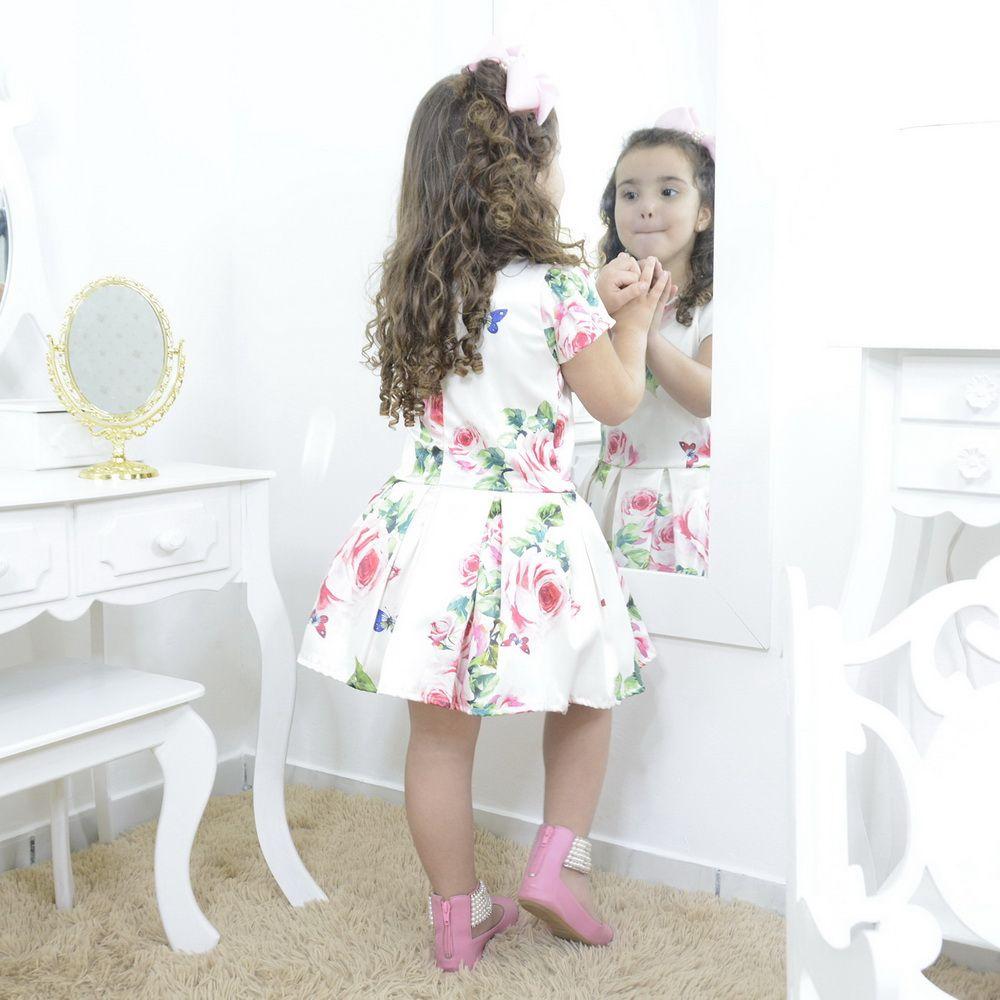 Vestido infantil floral branco e roupa da boneca Baby Alive opcional