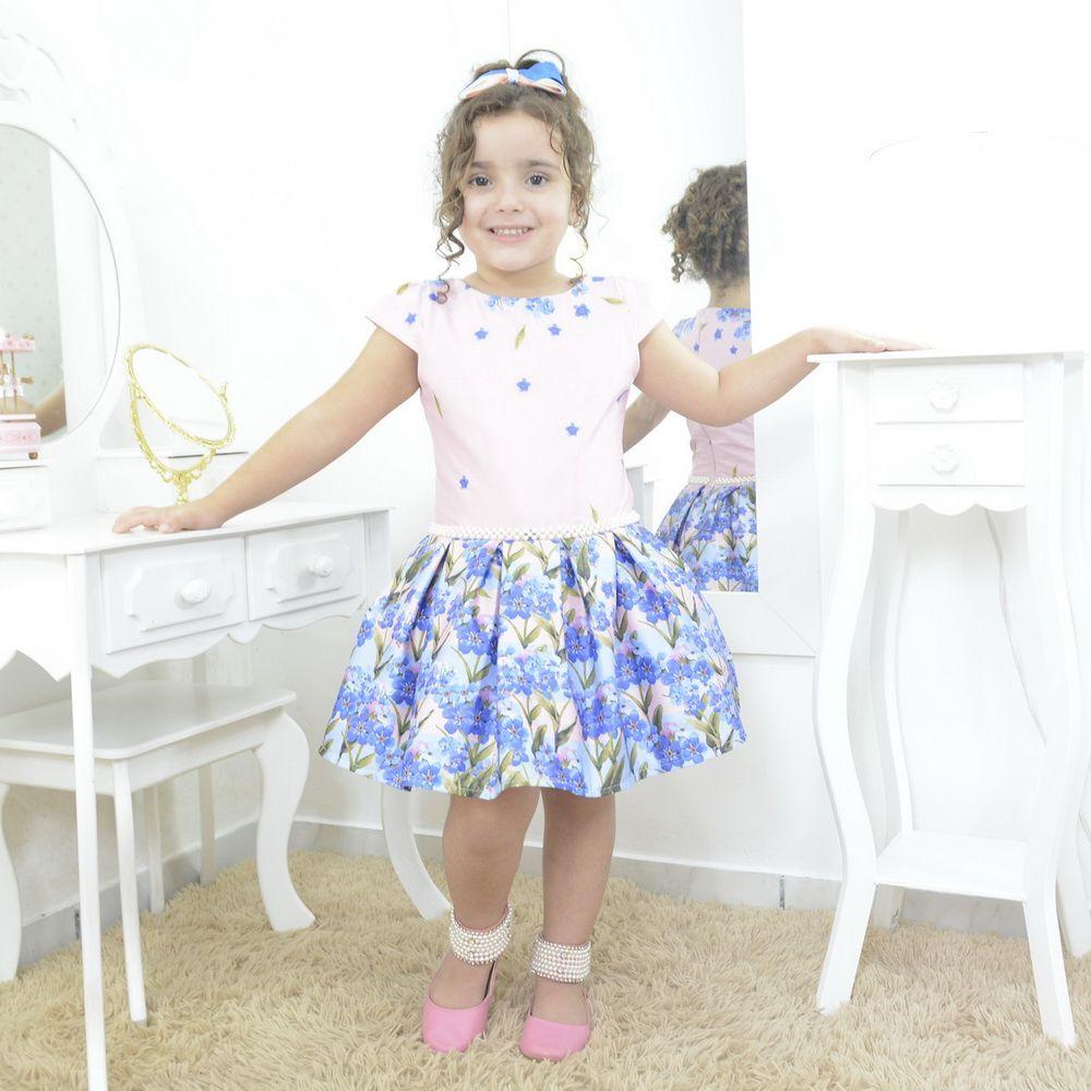 Vestido infantil floral com rosas azuis com bordado em perola